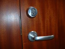 AOS_Door